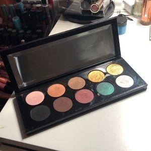 Pay McGrath mothership palette eyeshadow